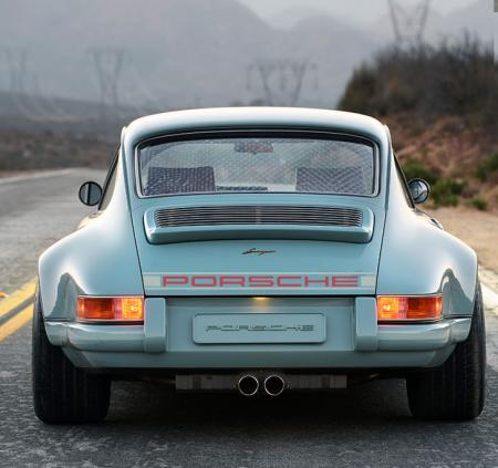porsche_2_tine_rear_decal_boot
